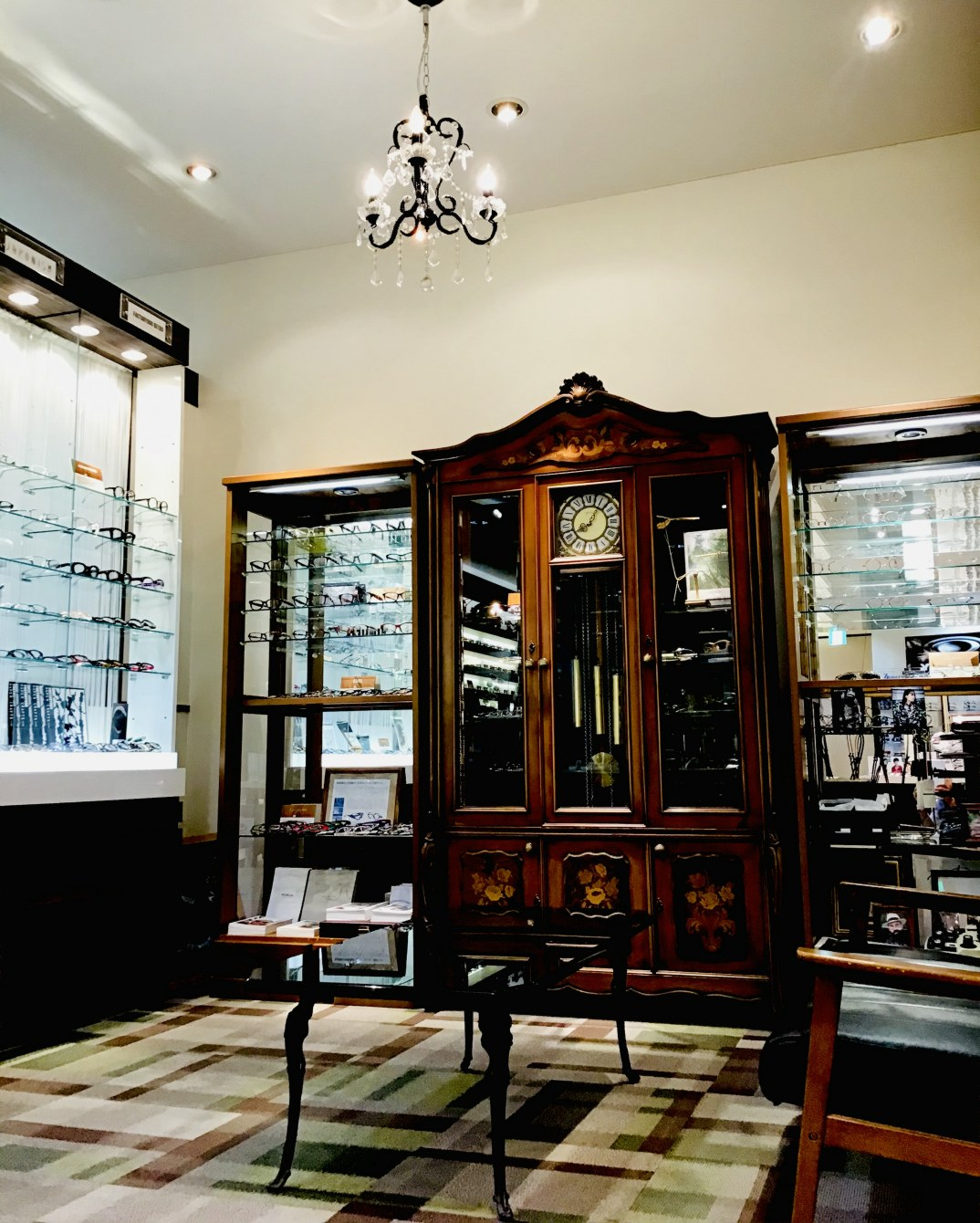 大平眼鏡店LATOV3階店舗写真