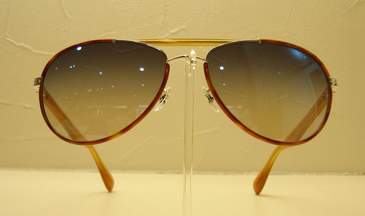 OLIVER PEOPLES 2014新作サングラスCharter-チャーター-